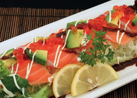 Den_sashimi_salad1308